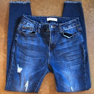 Encore distressed skinny jeans
